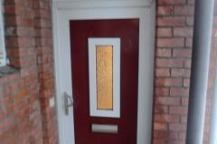 Durchfeuchtung aussen durch defekte Badentlüftung über Tür