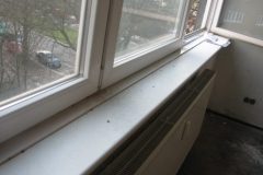 Wasser auf Fensterbank durch Schlagregen auf Fassade